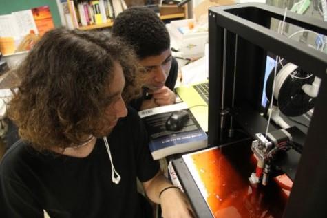 Robotics Club Engineers New 3D Printer
