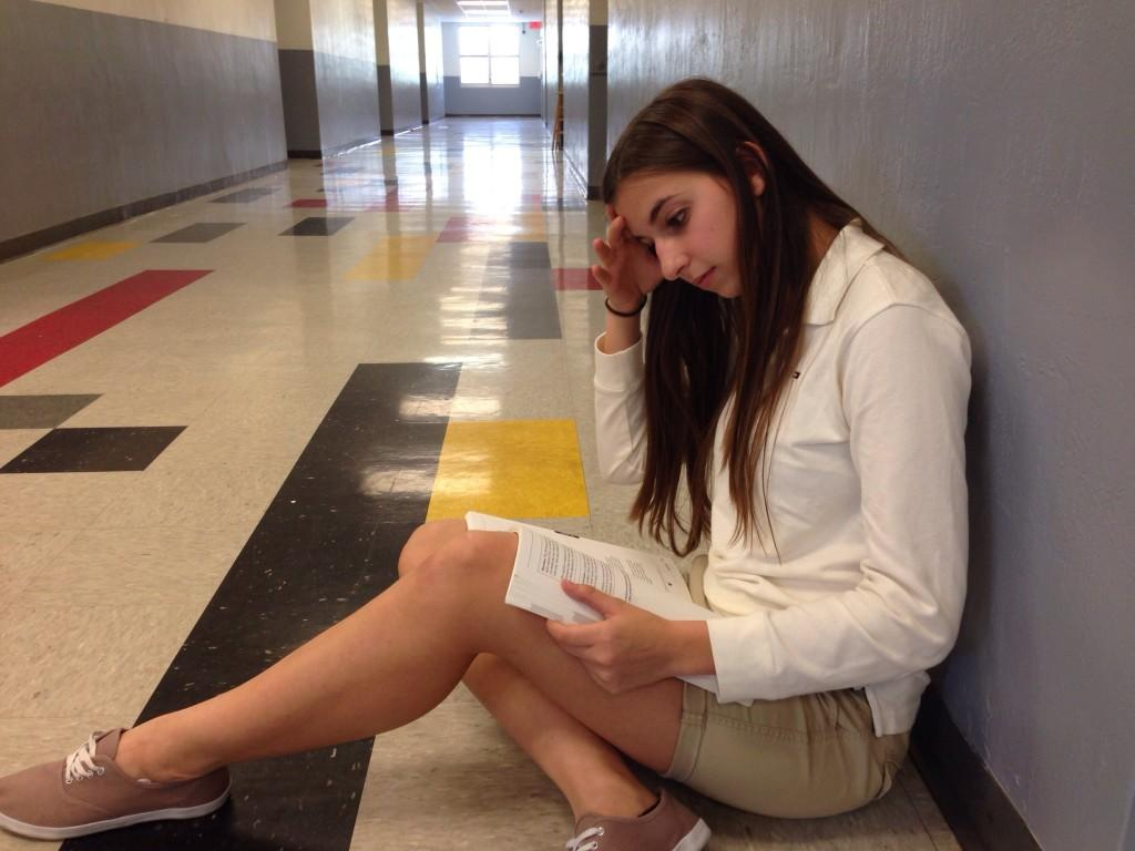 Sophomore Sophia Castro takes time to study for an upcoming Spanish test while practicing the best way to prepare for an exam; with silence!