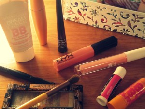 Do's and Don'ts of School Makeup