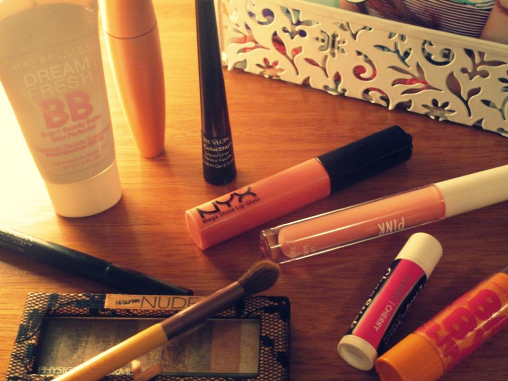 Makeup essentials every girl should have laying around in her room.