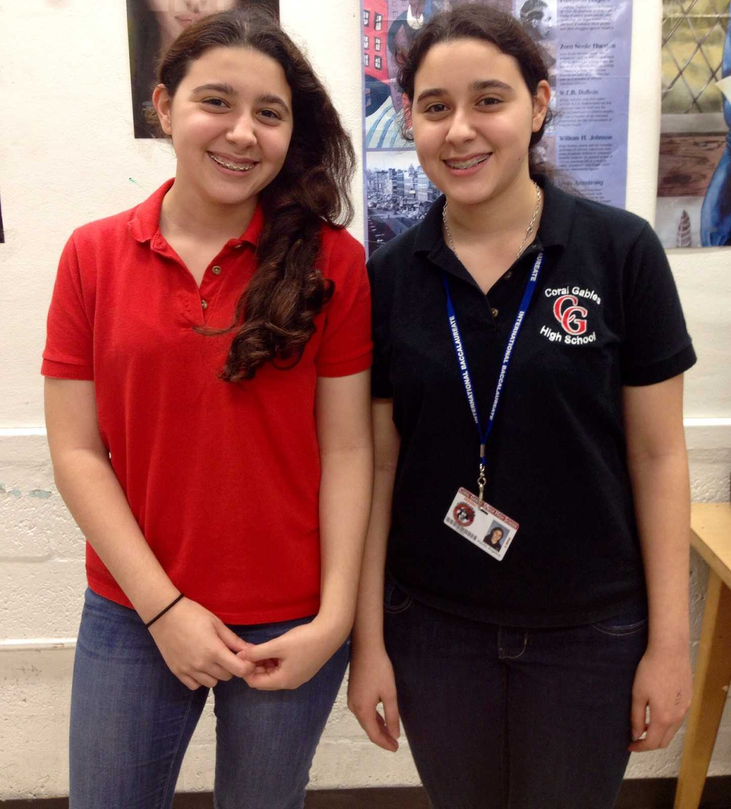 Freshmen twins Caterina and Angelica Viscito have an evident bond, like most twins, that can not be broken.