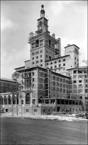 Biltmore Hotel under construction, Nov. 20, 1925