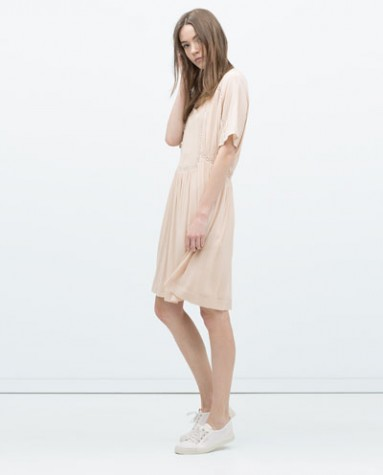 A cute pastel colored dress is perfect if you're looking for that sweet and effortless summer style!