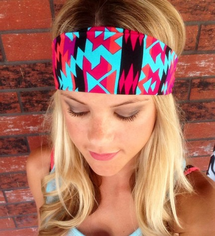 This unique and colorful headband is perfect for those hot summer days where you just want o get the hair out of your face!