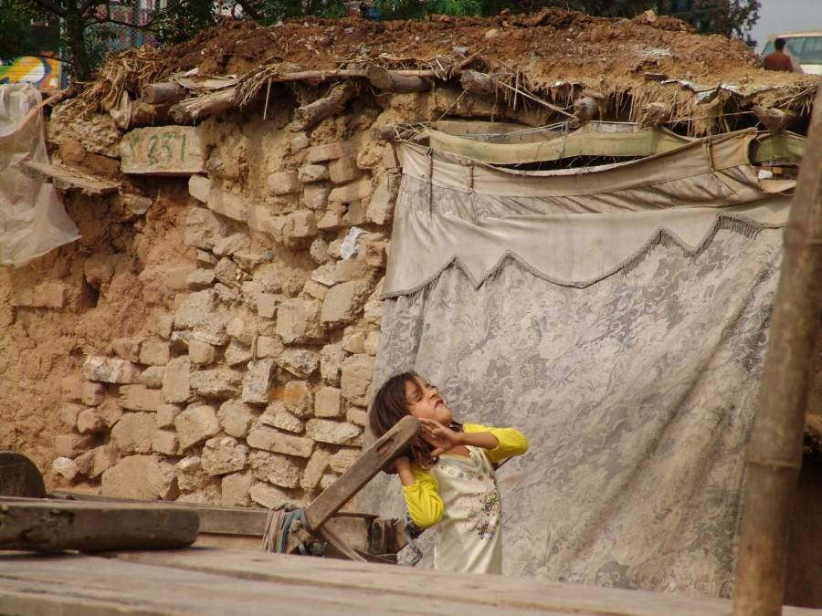 Many+laborers+have+to+go+through+physically+challenging+work+every+day%2C+no+matter+their+age.+