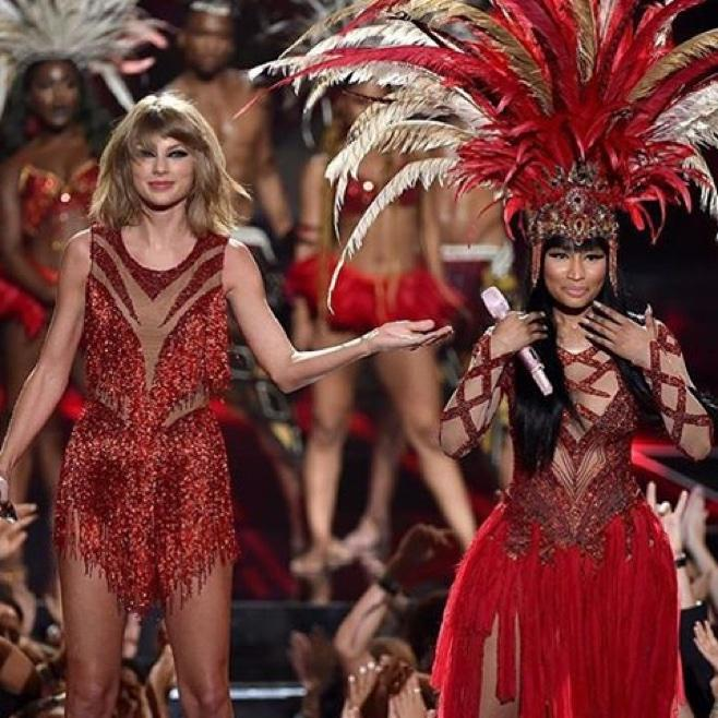 Nicki Minaj and Taylor Swift performing