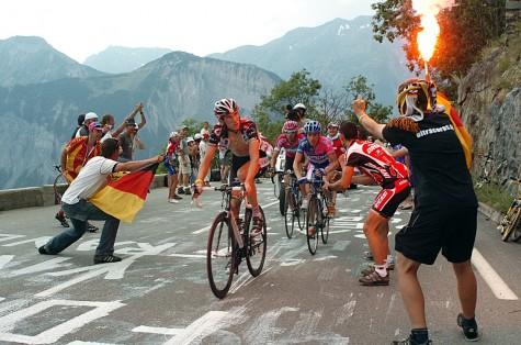 Cyclists Make Records at Tour de France 2015