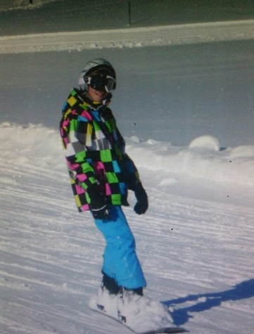 Knibbe practicing snowboarding