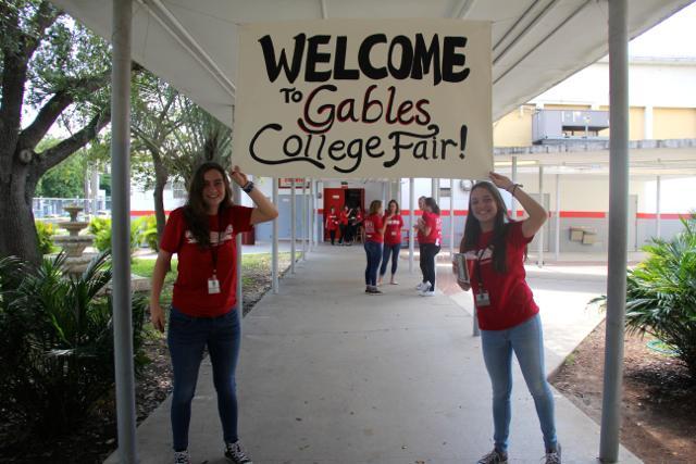Cavs Meet Representatives at Annual College Fair