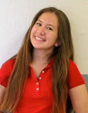 Maria Estrada, Freshman Class Treasurer