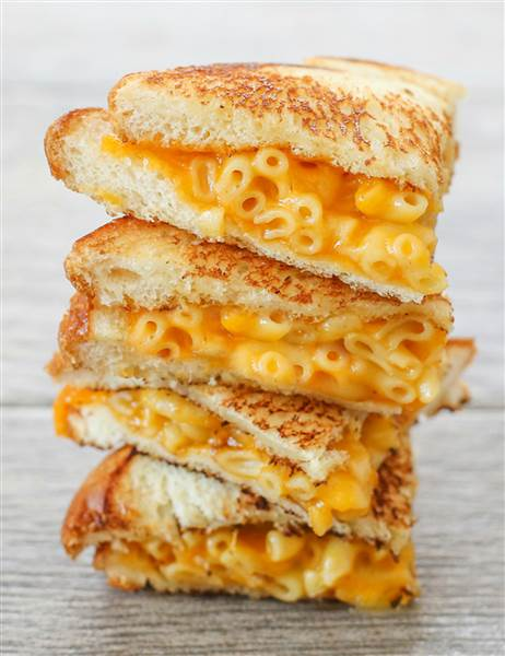 This mash-up brings together two revolutionary foods: macaroni and cheese and sandwiches.