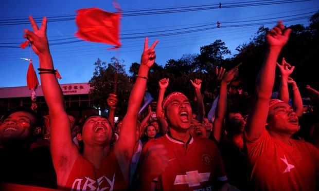 Citizens of Burma enjoy the celebration of elections!