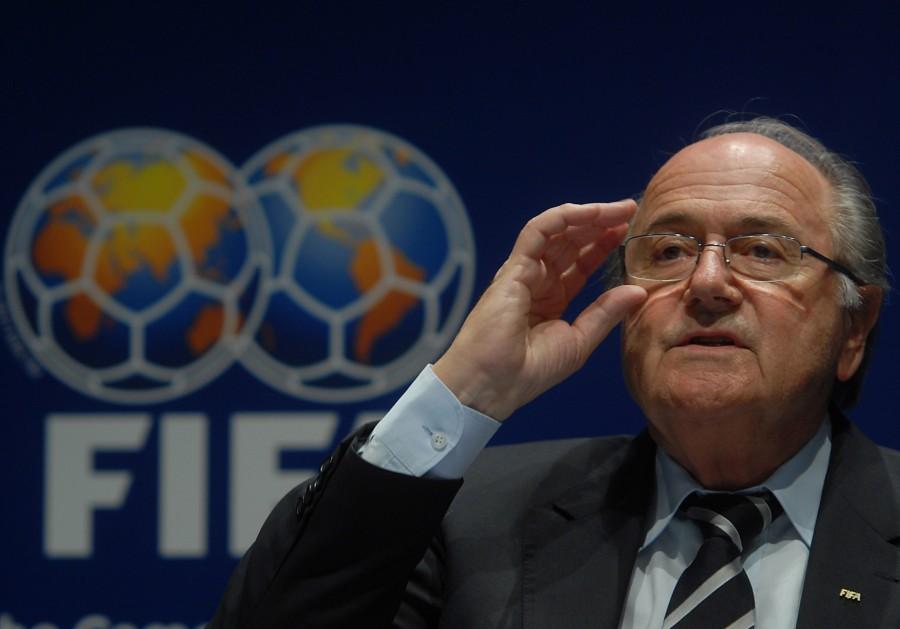 Mr.+Blatter+adresses+the+media.