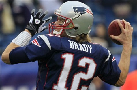 New England Patriots quarterback Tom Brady will surely be attempting to get his 5th Super Bowl ring.