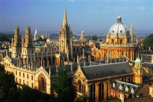 Oxford University in England is a internationally recognized university that is considered one of the most beautiful colleges in the world.