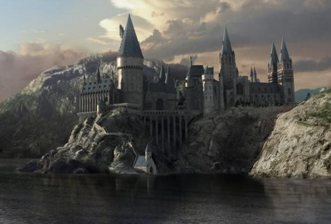Follow Harry Potter's adventures in Hogwarts