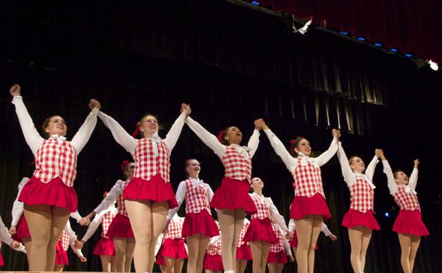 Gablettes Celebrate 40 Years at Revue