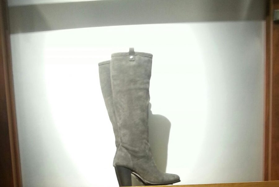 When picking out boots you would like to stay with simple designs like this. Both short booties and long booties like this one will work perfectly fine.