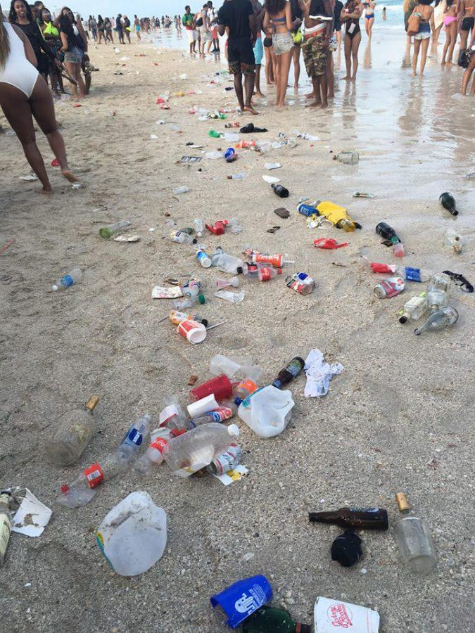 During spring break, thousands of tourists cause massive trash levels on Florida beaches.