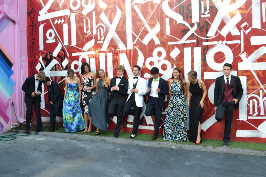 Round+up+your+whole+group+and+head+over+to+the+Wynwood+Walls+for+some+nice+pre-prom+pictures.+
