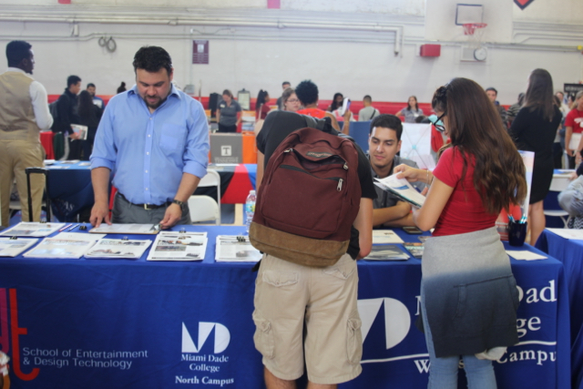 Coral Gables College Fair 2017 was attended by juniors and seniors.