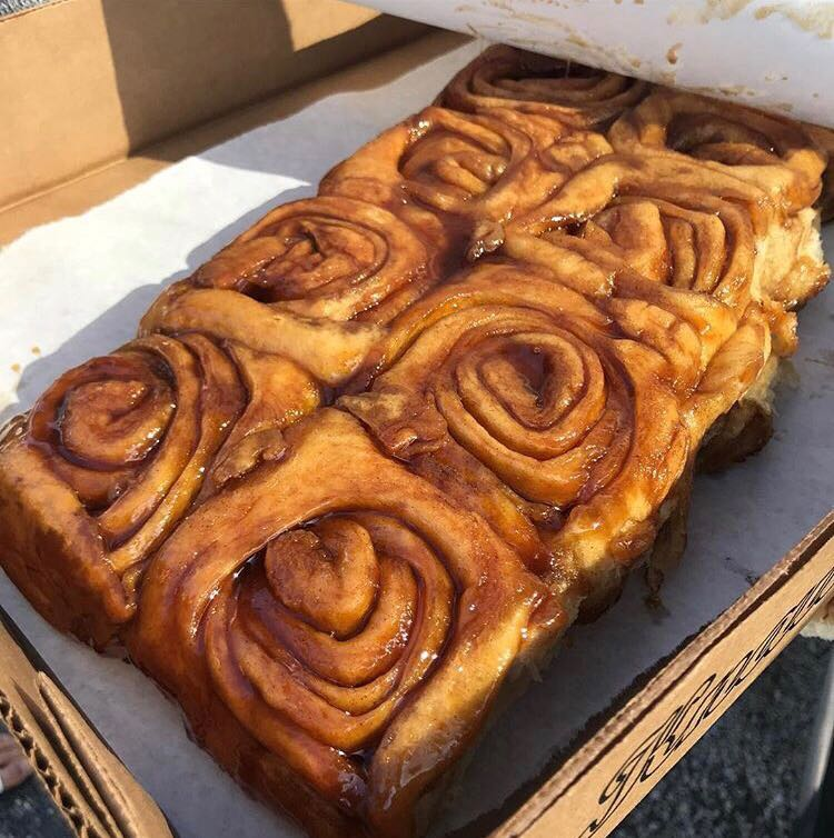 Knaus%27+famous+cinnamon+rolls.