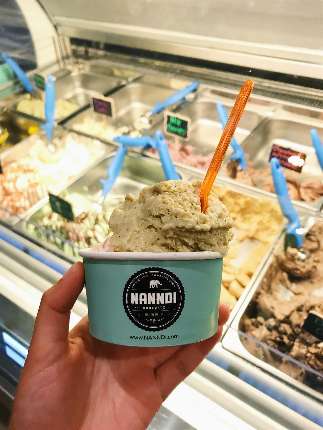 Salted+pistachio+frozen+cream%E2%80%94a+perfect+balance+of+sweet+and+salty.