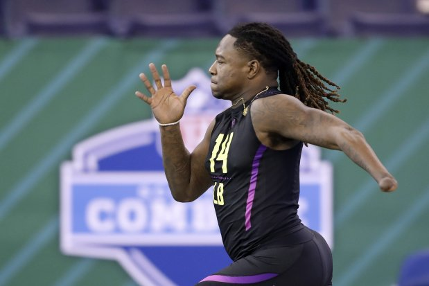 Shaquem+Griffin+sprinting+the+40-yard+dash+at+the+2018+NFL+Combine.