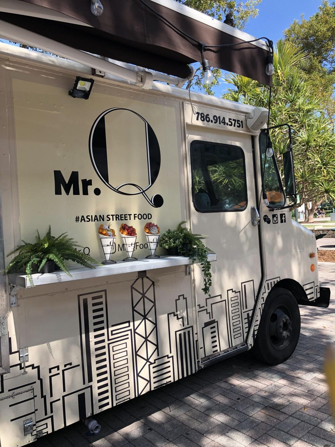 Mr. Q's Asian Food Truck.