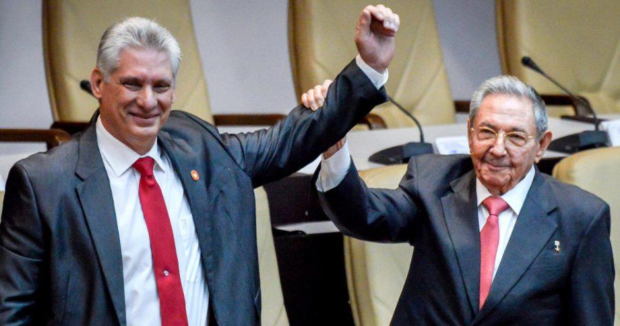 El Presidente de Cuba, Raúl Castro, sustituido por Miguel Díaz-Canel pero todavía mantiene la posición de gran alcance