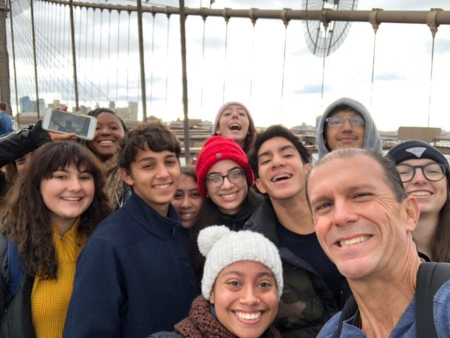 The+group+of+students+who+attended+out+of+state+college+tour+and+Mr.+Molina+pose+for+a+quick+selfie.+