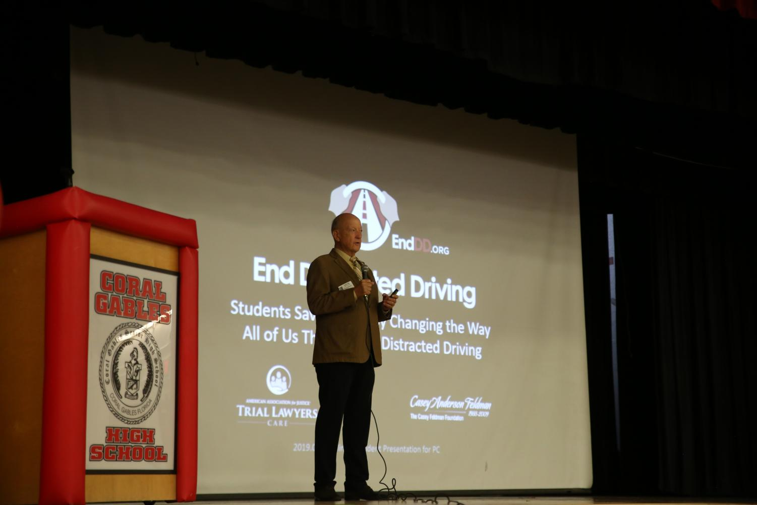Speaker Wayne Parsons educated the students on the importance of staying focuses while driving.