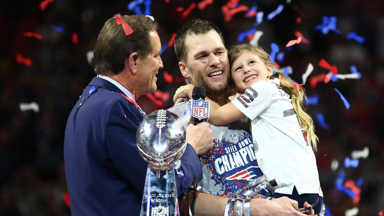 Quarterback Tom Brady celebrates his 6th Super Bowl win with his family.
