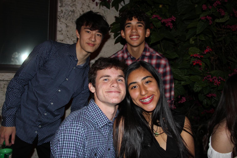 Estudiantes+disfrutan+de+una+noche+celebrando+un+a+causa+internacional.