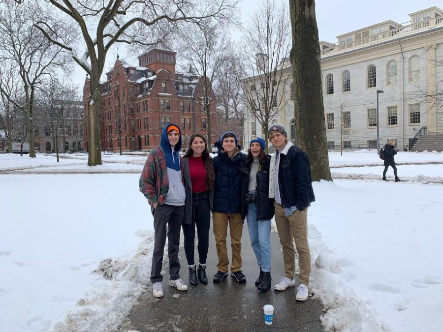 A group of students took a tour of Harvard University and visited some classes.