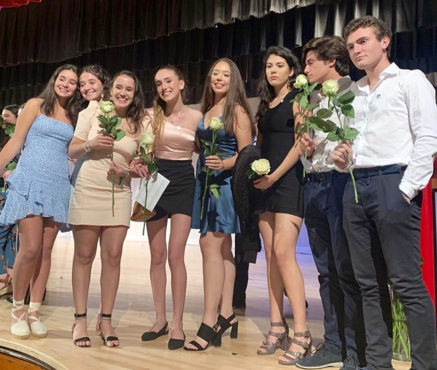 IB Pinning Ceremony Recognizes Juniors