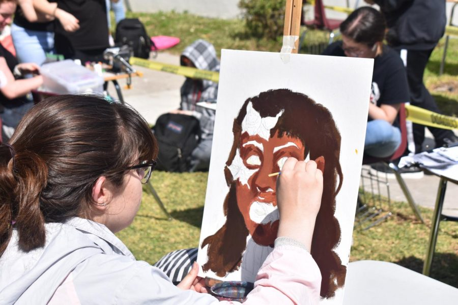 Students participated in Art Walk- an annual event organized by the Catharsis staff. Cavaliers from both Catharsis and Art Club had the opportunity to demonstrate their talents.