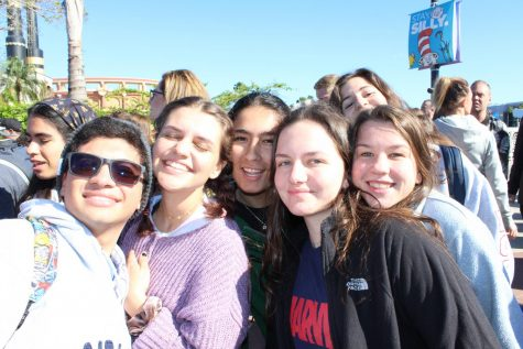 Seniors Jonathan Rodriguez, Sofia Alfonso, Isabel Jaen, Ellie Morris and Marina Tischenkel smile as they enjoy their time at Gradbash.