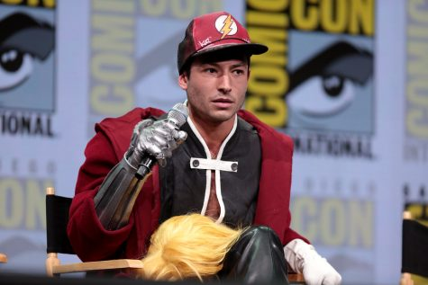 Ezra Miller at the 2017 Comi-Con discussion panel.