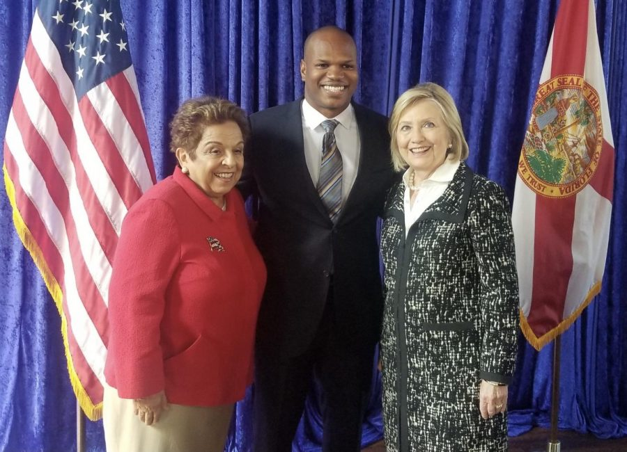 Marcus+Dixon+is+seen+here+posing+with+former+representative+Donna+Shalala+%28left%29%2C+and+former+Secretary+of+State+Hillary+Clinton+%28right%29.+%28courtesy+of+Marcus+Dixon%29