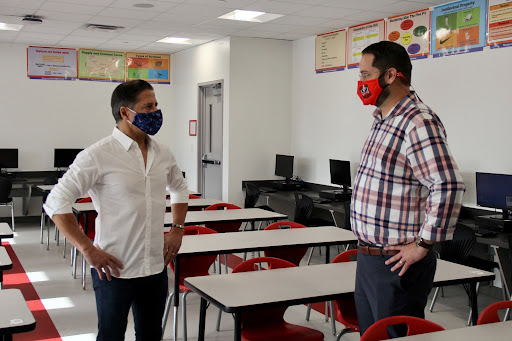 Principal Ullivarri accompanied the superintendent throughout the walk-through of the newly renovated 6000 building. They discussed safety measures put in place to handle contact tracing and other quarantining procedures as all students return physically to classes.