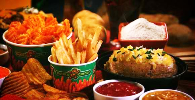 The Potato Corner offers customers a variety of potato-based options, including tater tots, curly fries, waffle fries and seasoned French fries. Courtesy of The Potato Corner.